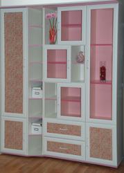 Шкаф в гостиную новый